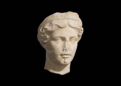 Testa femminile con diadema museo archeologico